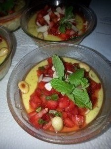 Reispudding mit Erdbeersalat