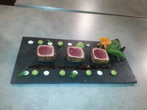 Sashimi vom Thunfisch hier das Bild vom Videodreh